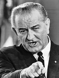 Controlul razboiului din umbra - Lyndon B. Johnson (august 1964)