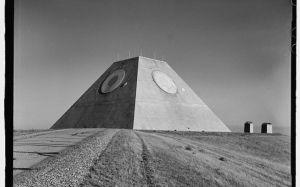 piramide _ 04, piramida abandonata in sua